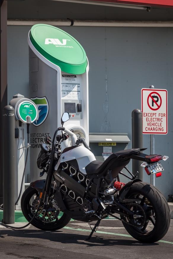 Brammo_Empulse_at_charging_station,_August_2012