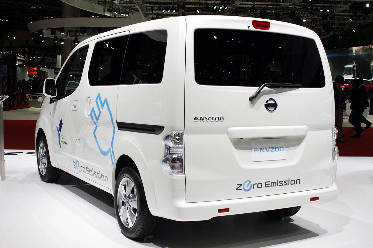 the nissan env200 electric van where and when is it for the usa market blue water leaf. Black Bedroom Furniture Sets. Home Design Ideas